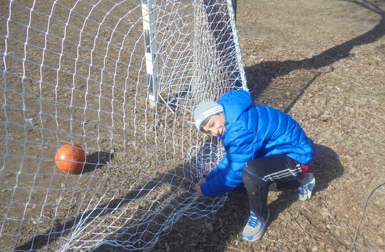 Сплести сетку для футбольных ворот